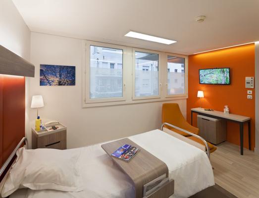 Mobilier personnalisé pour chambres VIP cliniques