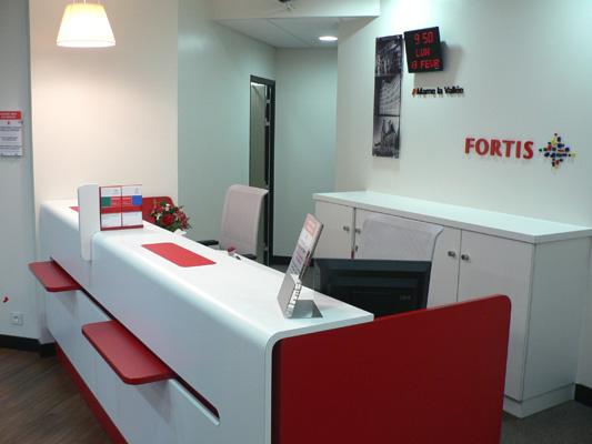 Mobilier sur-mesure pour agences bancaires FORTIS