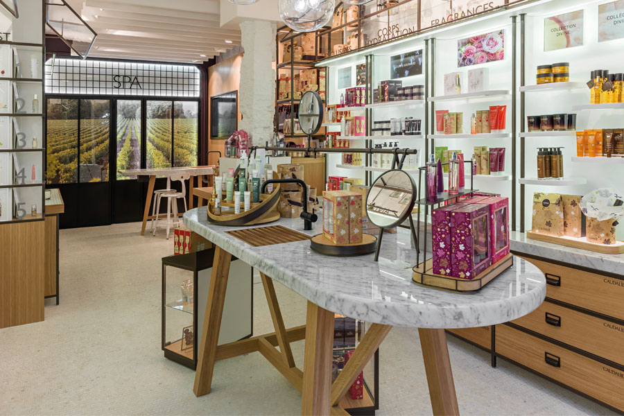 Agencment boutique caudalie